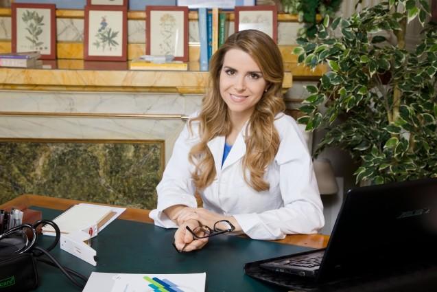 Tiến sĩ Annamaria Acquaviva