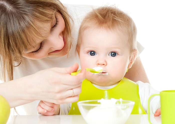 trẻ biếng ăn sinh lý