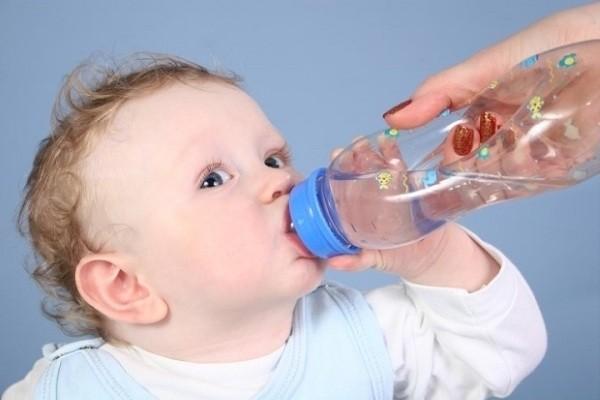 Cách chữa táo bón kéo dài cho trẻ sơ sinh